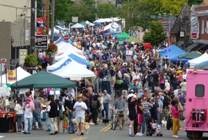 Image of street fair in Multnomah Vilalge