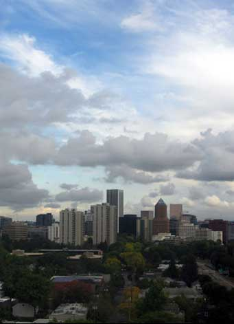 Portland skyline on partly cloudy day
